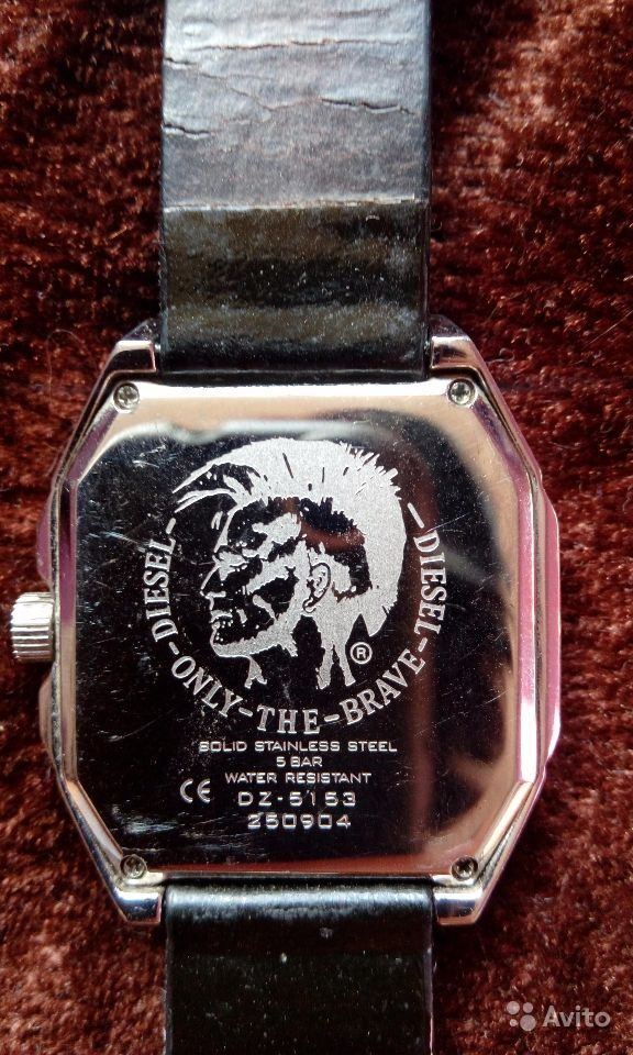 Швейцарские часы дизель 5 бар