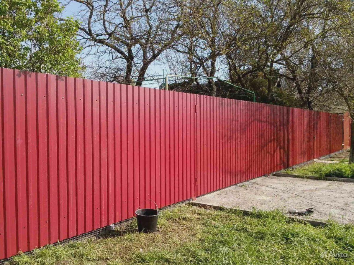 Забор из Профлиста, Евроштакетник под ключ купить на Вуёк.ру - фотография № 1