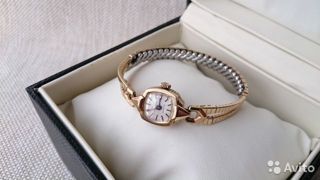 Женские наручные часы Bulova Accutron Винтаж 89525003388 купить 1