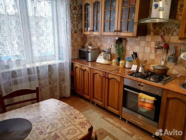 Продается трехкомнатная квартира за 2 500 000 рублей. ул Комсомольская, 49.