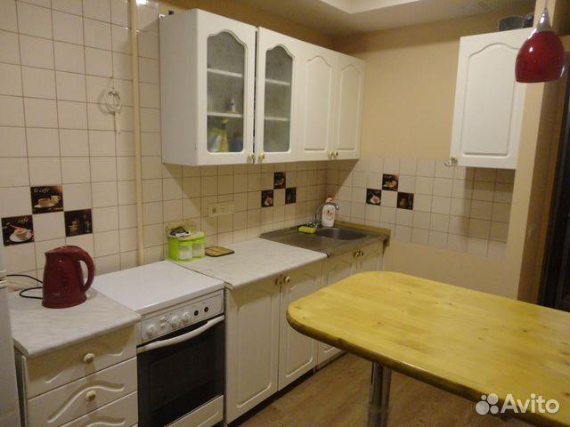 Продается двухкомнатная квартира за 2 000 000 рублей. ул Маршала Жукова.
