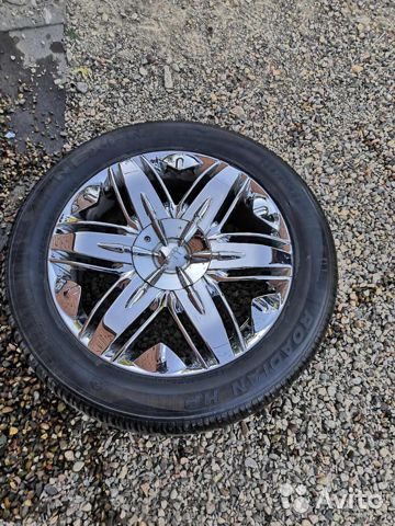 Chrome wheels with summer tires