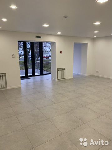 Space, 65 m2