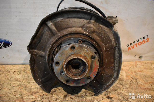 89307139175 Кулак задний правый Bmw 5-Series E60 N43B20OL 2002