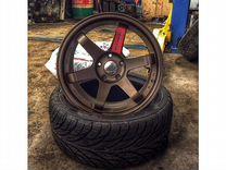 Rays Volk Racing te37 r17 j9 et28 5x114.3