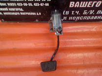 Hyundai ix35 педаль тормоза 328002S105 б/у