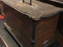 Старинная швейная машинка Naumann