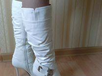 Новые нарядные кожаные зимние сапоги на цигейке