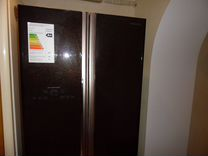 Холодильник Hitachi side-by-side