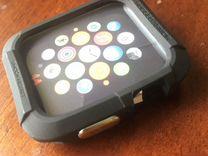 Защитный чехол и ремешок Apple Watch