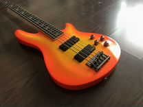 Бас-гитара Schecter Omen Extreme 5. Новая. Яркая