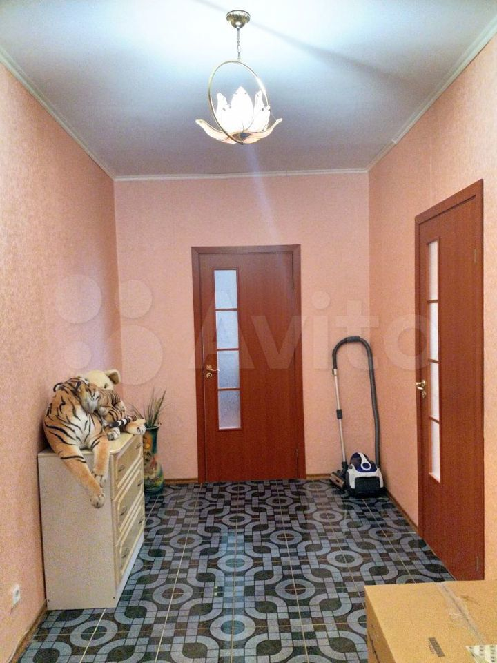 2-к квартира, 65 м², 6/6 эт.